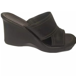 Cole Haan Country Black Leather wedge sandals
